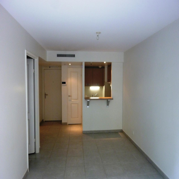 Offres de location Appartement Antibes 06160